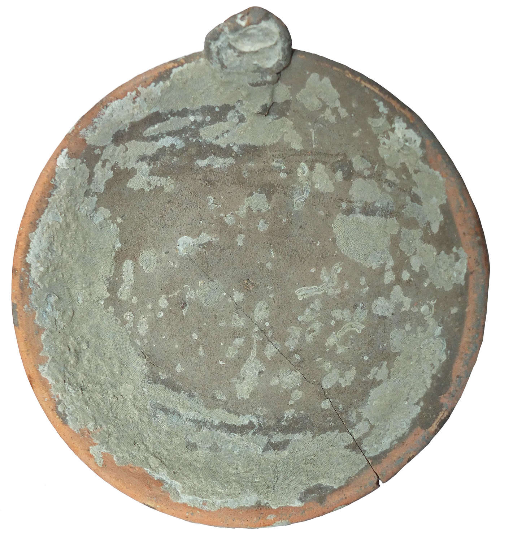 A Chinese shipwreck circular saucer lamp, Vung Tau cargo, c. 1690 A.D.