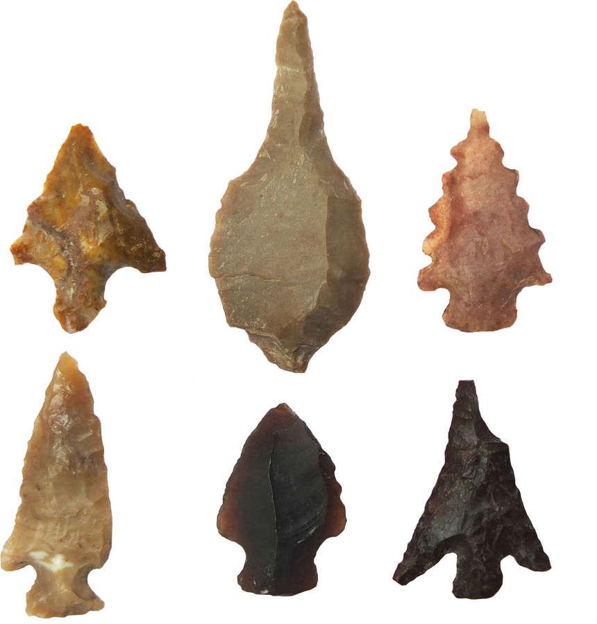 A group of six Saharan Neolithic chert arrowheads, c. 6500-4000 B.C.